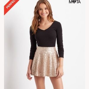 Sequin sparkles champagne gold skirt
